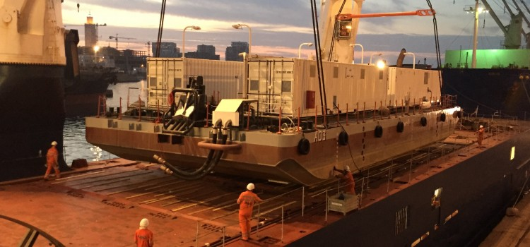 A successful partnership delivers 254 ton barge from Casablanca-Dakhla in humanitarian aid effort