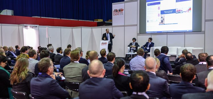 The Container Shipping Industry Gathers to Forecast for 2018