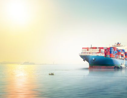 The benefits of using a freight forwarder for international shipping