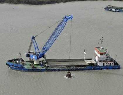 Liebherr Floating Transfer Solutions