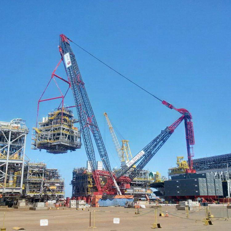 World's largest crane deployed in Brazil
