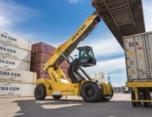 New second rail container handling options from Hyster